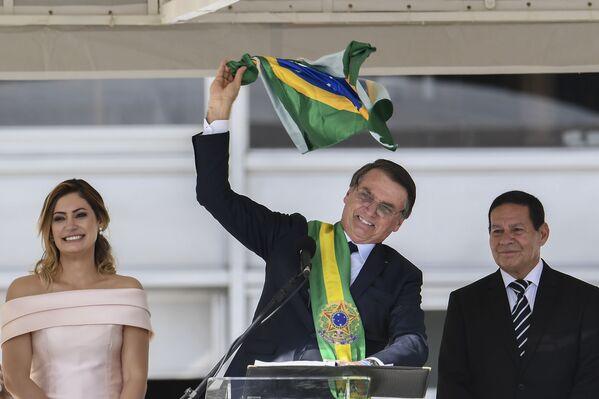 Jair Bolsonaro, asume la presidencia de Brasil, el 1 de enero de 2019 - Sputnik Mundo