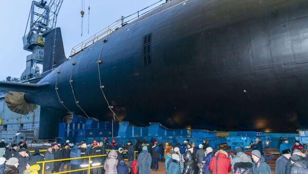 Lanzamiento del submarino nuclear Novosibirsk del proyecto Yasen-M en Severodvinsk - Sputnik Mundo