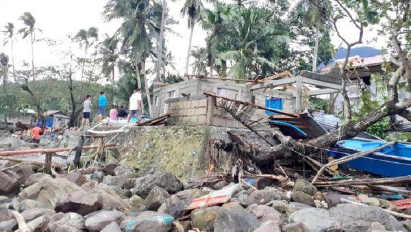 Consecuencias de tifón Ursula en Filipinas - Sputnik Mundo