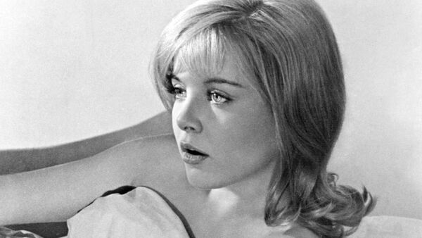 Sue Lyon, la actriz estadounidense  - Sputnik Mundo