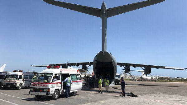 El avión turco con la ayuda humanitaria para Somalía - Sputnik Mundo