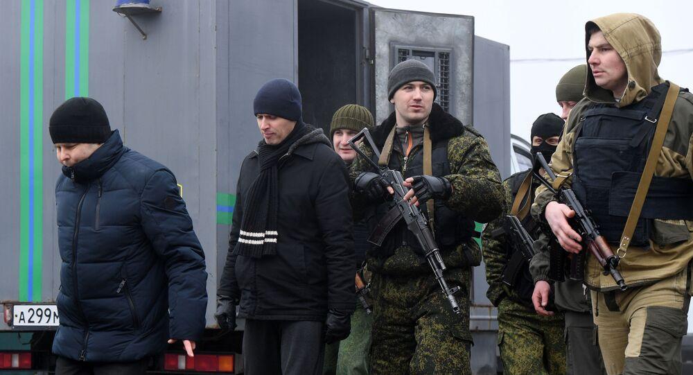 El canje de prisioneros en Donbás
