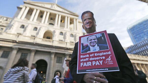 Protesta en frente del Banco de Inglaterra en Londres (archivo) - Sputnik Mundo