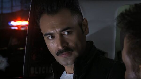 Sebastián Ferrat, interpretando el papel de El Marcado en El Señor de los Cielos - Sputnik Mundo