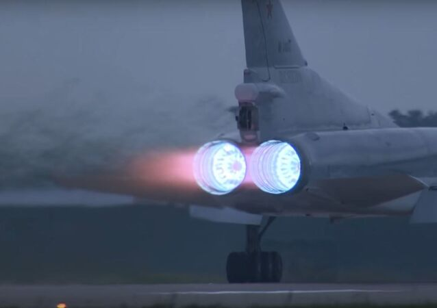 Motores del Tu-22M3 al despegar