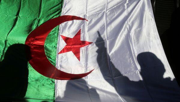 Bandera de Argelia - Sputnik Mundo