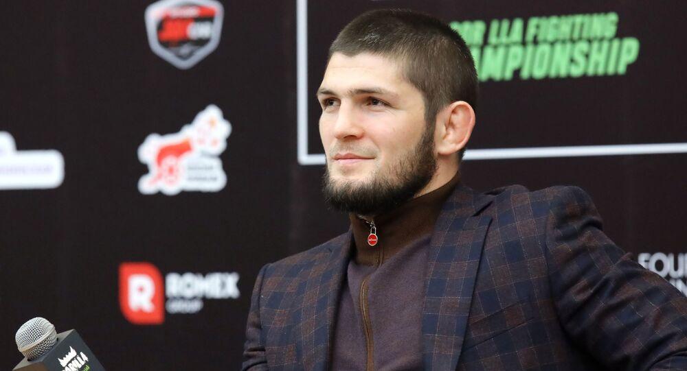 Khabib Nurmagomedov, campeón de peso ligero de la UFC
