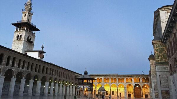 La mezquita de los Omeyas, en Damasco (Siria) - Sputnik Mundo