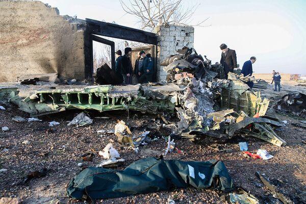 El lugar donde se siniestró el Boeing 737 en Irán - Sputnik Mundo