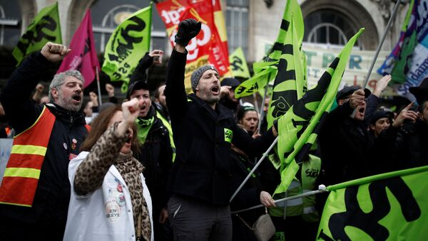 Protestas sindicales en Francia - Sputnik Mundo