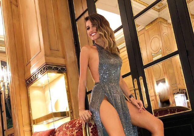 Ana Carolina Ardohaín conocida como Pampita, modelo y actriz argentina