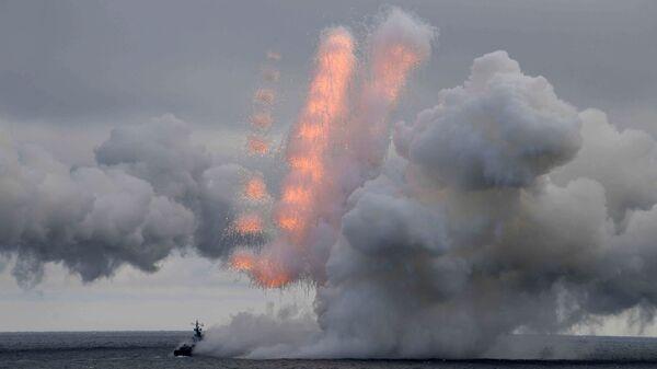 Lanzamiento de misiles Kinzhal - Sputnik Mundo