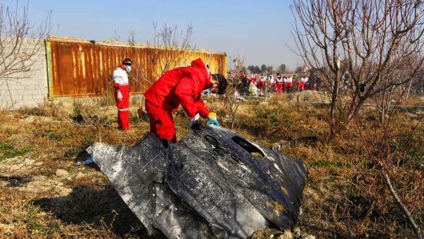 Lugar del siniestro del avión ucraniano Boeing 737 en Teherán, Irán - Sputnik Mundo