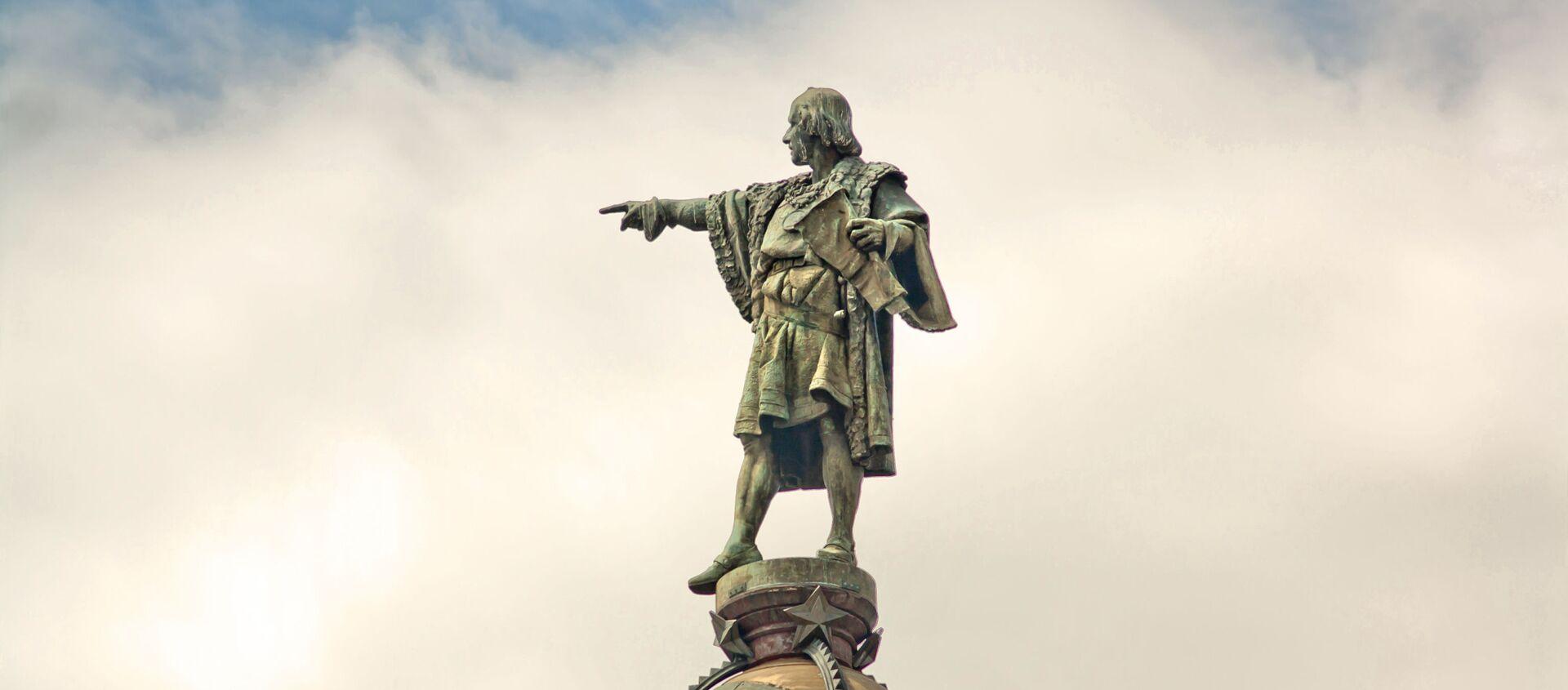 El monumento de Cristóbal Colón en Barcelona, España - Sputnik Mundo, 1920, 20.12.2018