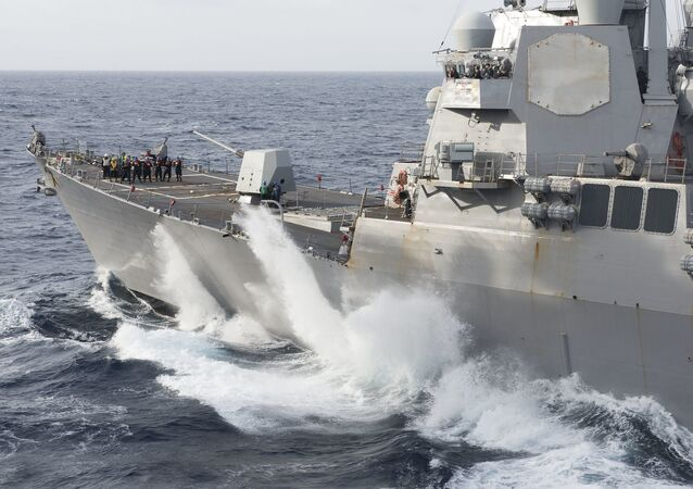 USS Farragut en el mar
