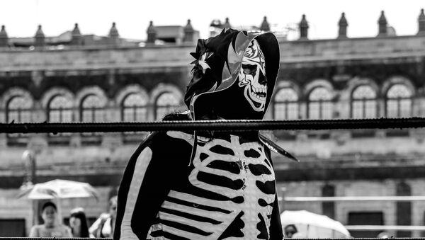 Luchador mexicano La Parka - Sputnik Mundo