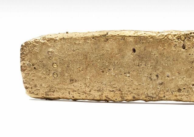 Un lingote de oro azteca (archivo)