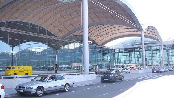 El Aeropuerto de Alicante-Elche - Sputnik Mundo