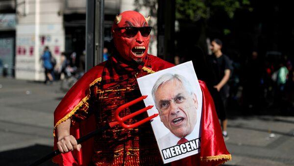 Protestas contra Sebastián Piñera en Chile - Sputnik Mundo