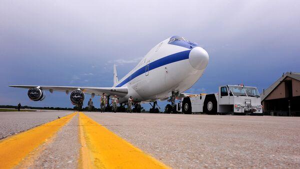 Un Boeing E-4B de las Fuerzas Armadas de Estados Unidos  - Sputnik Mundo