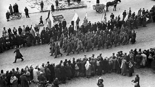 Liberación de Varsovia (archivo, 1945) - Sputnik Mundo
