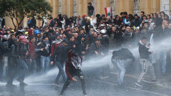 Las protestas en Beirut, Líbano - Sputnik Mundo