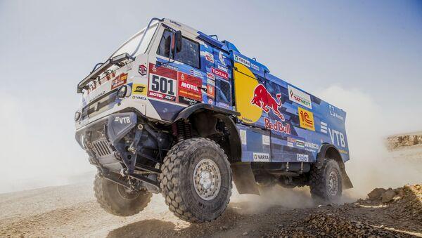 Adrenalina en el desierto: el 'rally' Dakar 2020, en imágenes - Sputnik Mundo