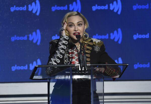 Madonna acepta el premio Defensora del Cambio en la 30ª entrega anual de los Premios GLAAD en Nueva York, en 2019 - Sputnik Mundo
