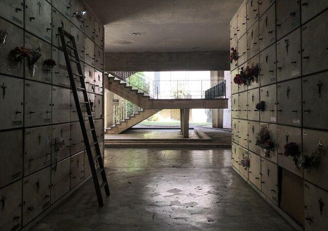 Pasillos de las galerías subterráneas, que cuentan con decenas de miles de nichos