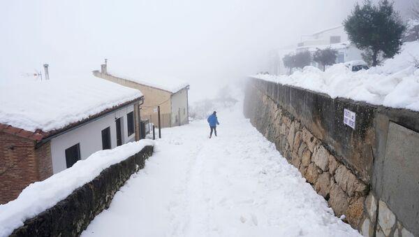 Fuerte nevada en España - Sputnik Mundo