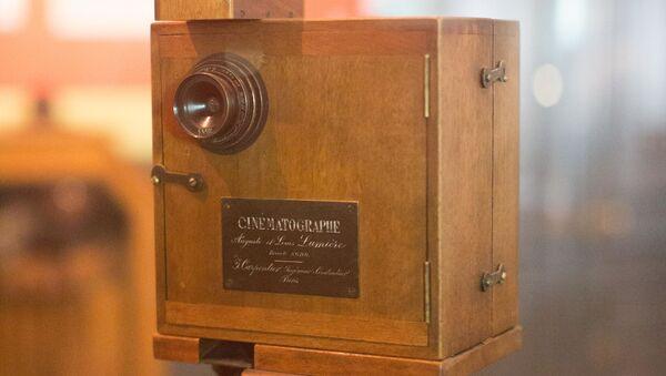 Un cinematógrafo Lumière  - Sputnik Mundo