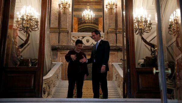 La ministra de Asuntos Exteriores española, Arancha González, y Juan Guaidó, el opositor venezolano - Sputnik Mundo