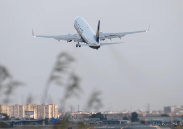 La terrible experiencia que han vivido los pasajeros de un vuelo de Ryanair en Valencia