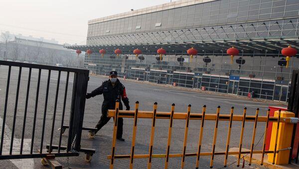 Suspensión de transporte por carretera entre varias provincias de China por brote de coronavirus - Sputnik Mundo