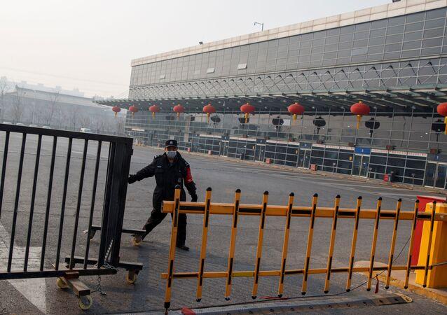 Suspensión de transporte por carretera entre varias provincias de China por brote de coronavirus