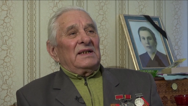 El exprisionero de Auschwitz n.º 148568: No creíamos que fuéramos a sobrevivir - Sputnik Mundo