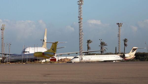 Aeropuerto Internacional Mitiga de Trípoli, Libia - Sputnik Mundo