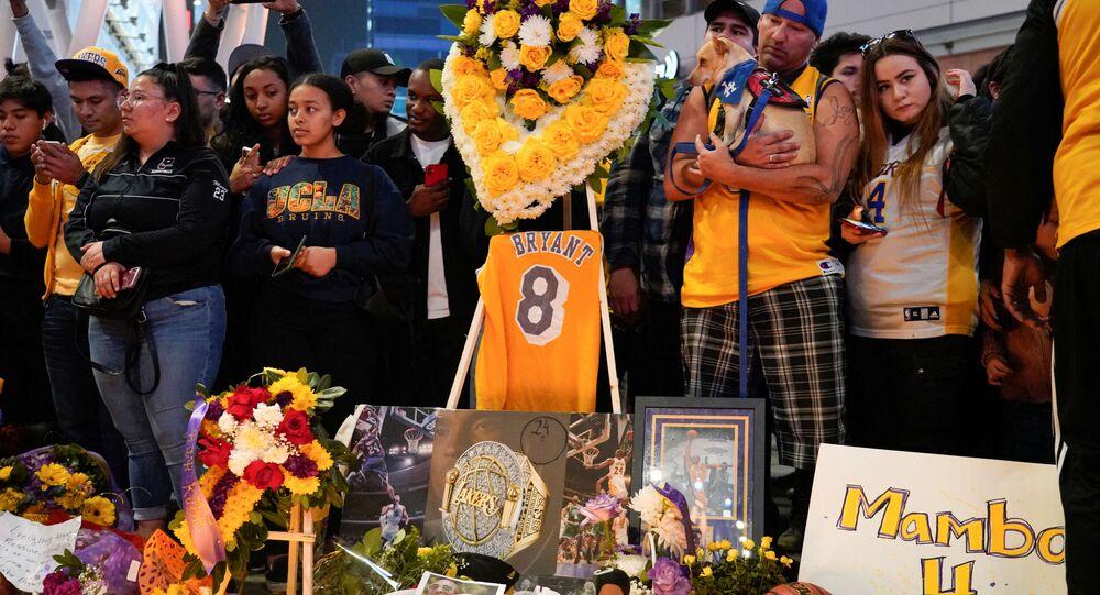 Homenaje a Kobe Bryant, exjugador de Los Ángeles Lakers