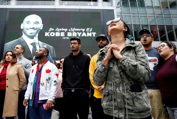 La trágica muerte del legendario jugador de baloncesto Kobe Bryant  - Sputnik Mundo