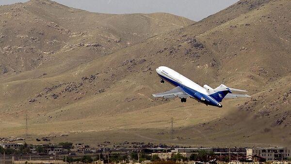 Un avión de Ariana Afghan Airlines (archivo) - Sputnik Mundo