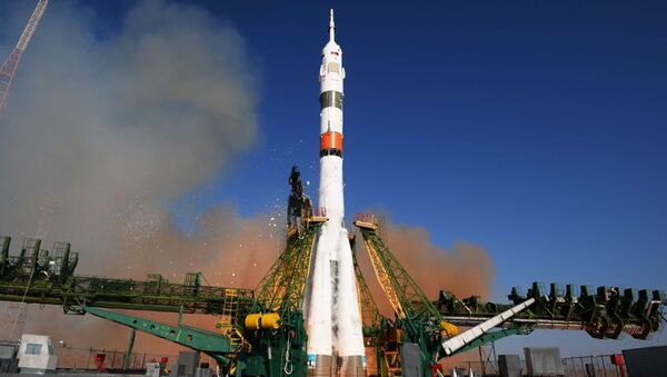 Lanzadera Soyuz 2.1a - Sputnik Mundo