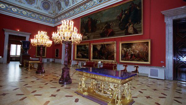 El Museo Hermitage en San Petersburgo - Sputnik Mundo