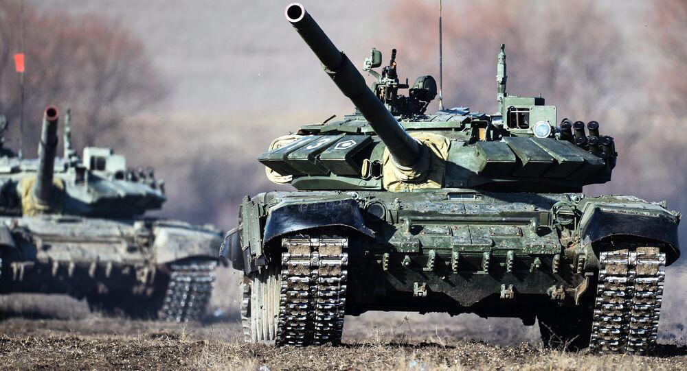 Los tanques T-72B3 (archivo)