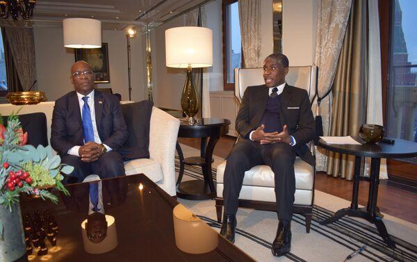Teodoro Nguema Obiang Mangue (derecha), vicepresidente de Guinea Ecuatorial - Sputnik Mundo