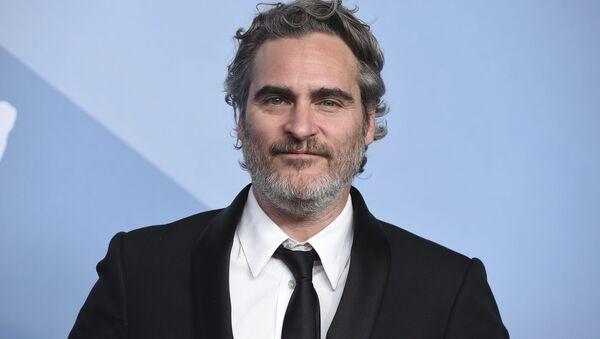 Joaquin Phoenix, protagonista del filme 'Joker' (2019) - Sputnik Mundo