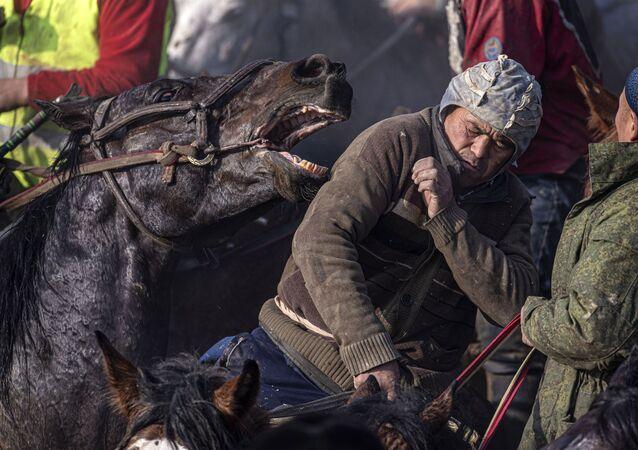 Kirguistán: el país de uno de los deportes más extraños del mundo