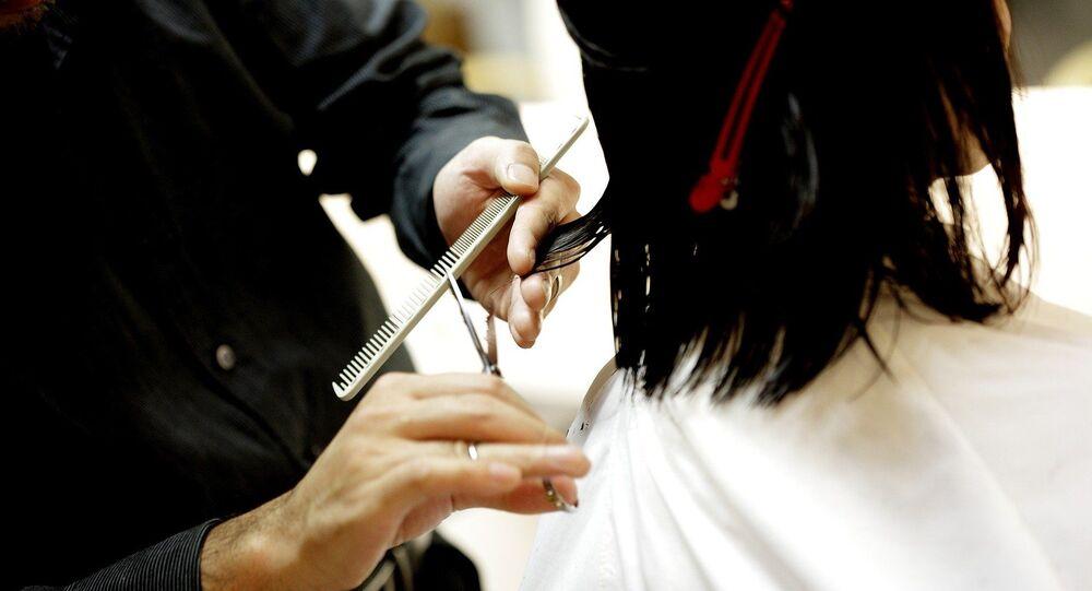 Corte de cabello, referencial