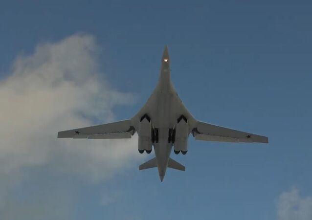 Así los jóvenes pilotos de Rusia manejan los Tu-160