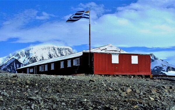 Estación Científica Antártica Ruperto Elichiribehety - Sputnik Mundo