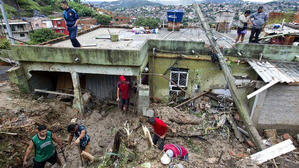 Consecuencias de las fuertes lluvias en Brasil - Sputnik Mundo